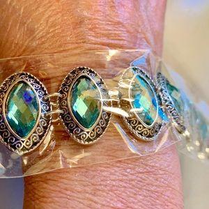Gorgeous Aqua Bracelet In Silver Filigree Setting